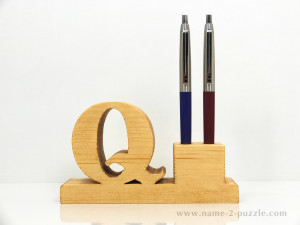 Wooden pen holder (2)